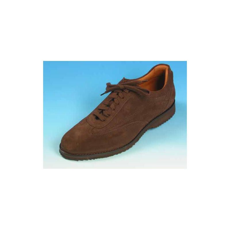 Chaussure sportif à lacets pour hommes en daim marron - Pointures disponibles:  36, 40, 44