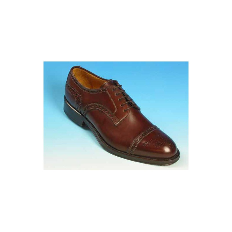 Men's laced derby shoe with floral captoe in mohogany brown leather - Available sizes:  40, 41, 43, 52, 53