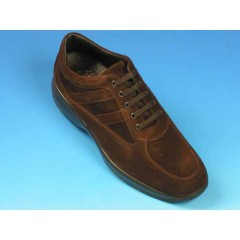 Men's casual laced shoe in brown suede - Available sizes:  36, 39, 40