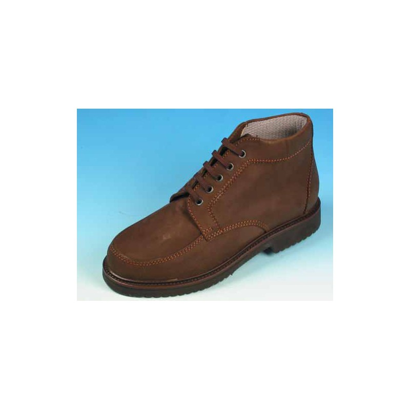 Men's sportive laced ankle shoe in brown nubuck leather - Available sizes:  36, 39, 40, 44