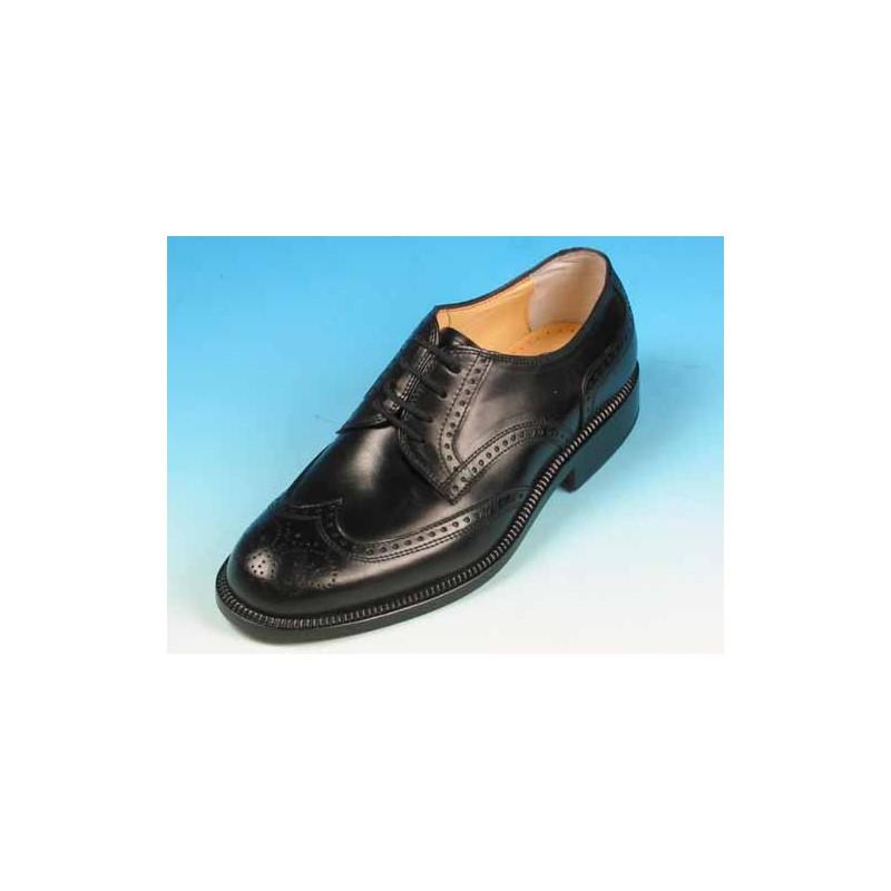 Zapato derby con cordones con decoraciones Brogue para hombres en piel negra  - Tallas disponibles:  40