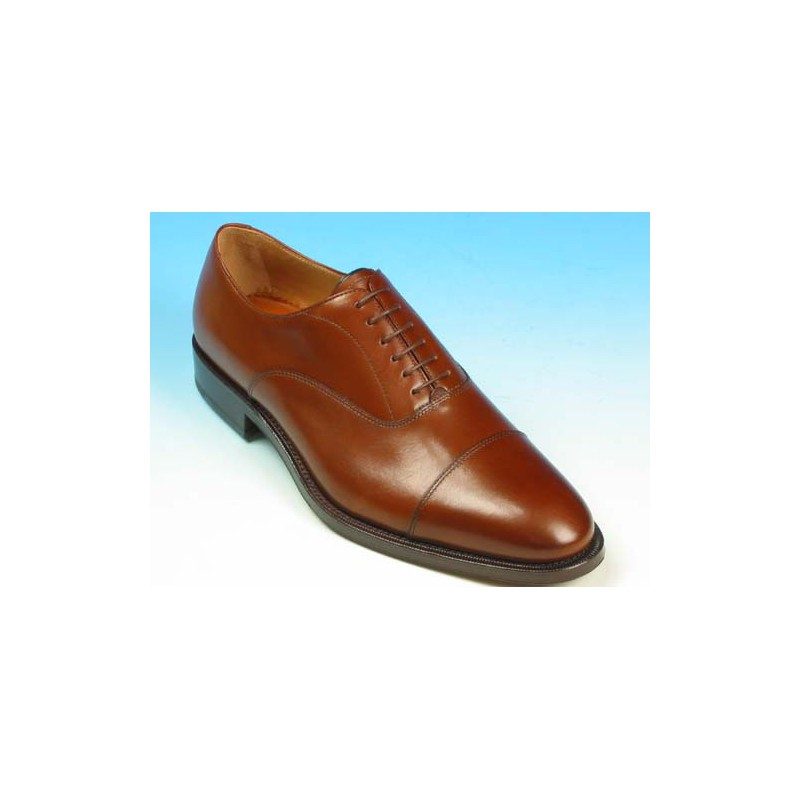 Men's laced oxford shoe with decorations in brown leather - Available sizes:  41, 44, 52