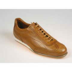 Men's sports shoe with laces in tan brown leather - Available sizes:  40