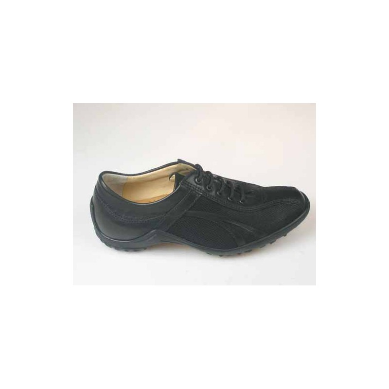 Sportshoe with laces in black leather - Available sizes: 36, 37, 46