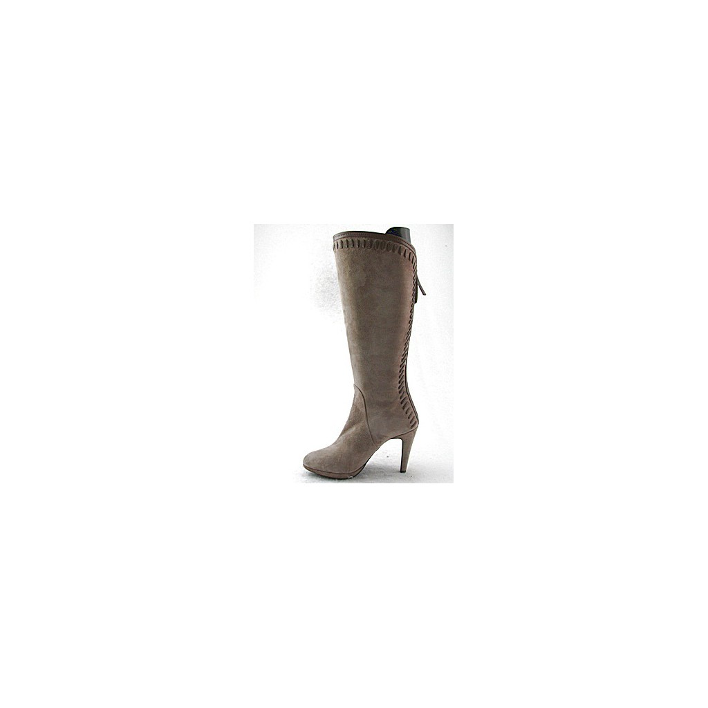 small or large platform boot in beige suede ghigocalzature