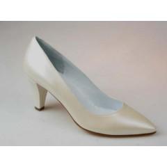 Zapato de salon en piel perlada de color marfil tacon 7 - Tallas disponibles:  46