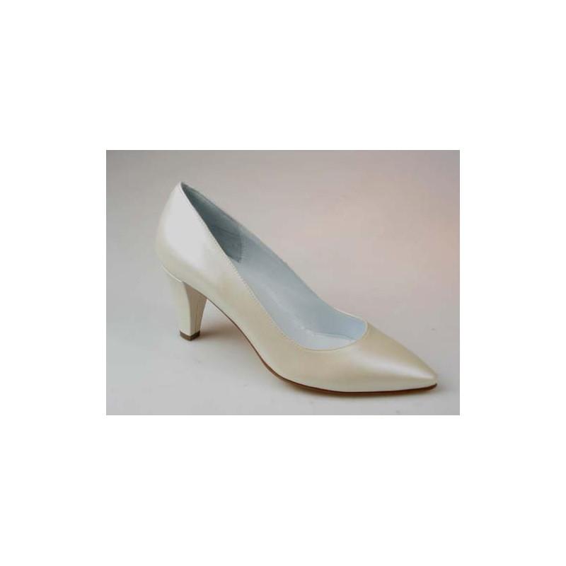 Escarpin pour femmes en cuir ivoire perlé talon 7 - Pointures disponibles:  46