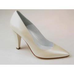 Zapato de salon para mujer en piel perlada de color marfil tacon 9 - Tallas disponibles:  31, 44, 46