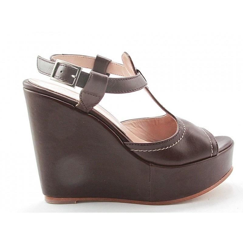 Sandalia con cuña en piel de color marron oscuro - Tallas disponibles:  42