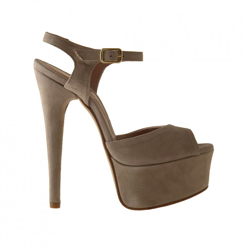 Platform sandal in beige suede - Available sizes: 42
