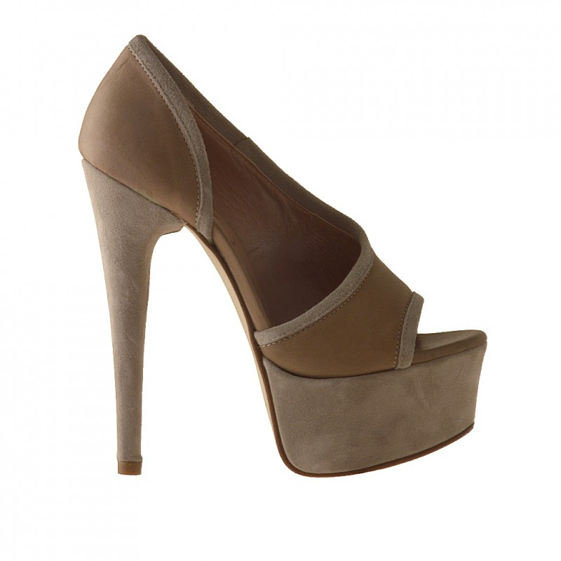 Open toe con plataforma en piel y gamusa color beis - Tallas disponibles:  42