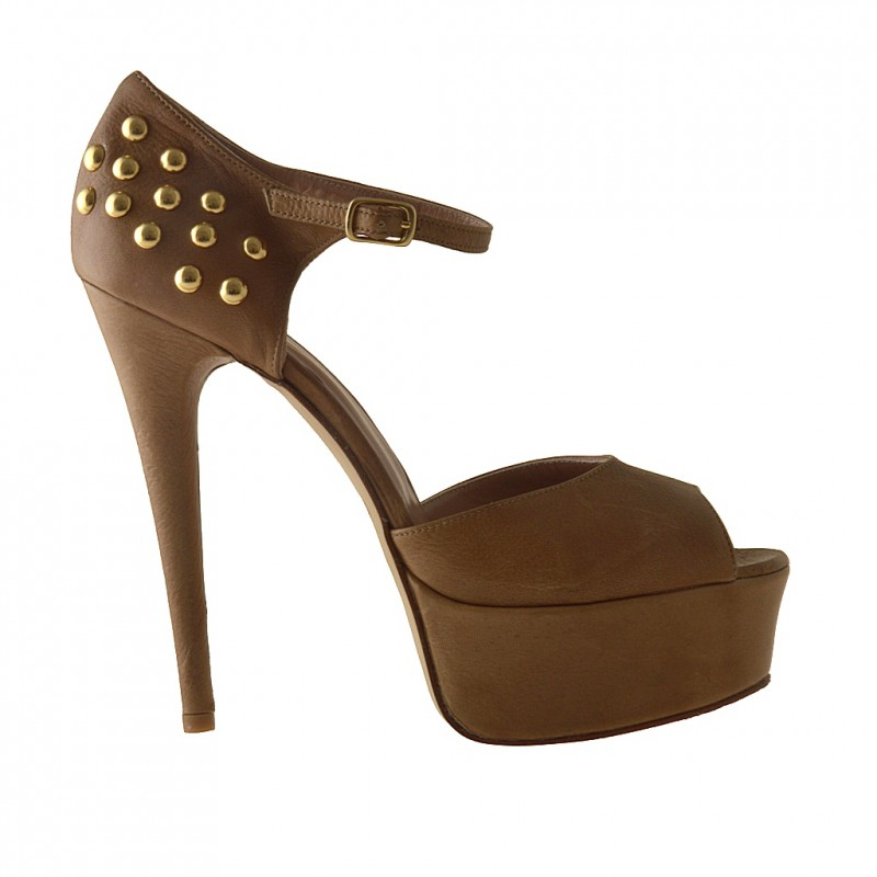 Open strapshoe with platform and studs in tan leather - Available sizes:  42