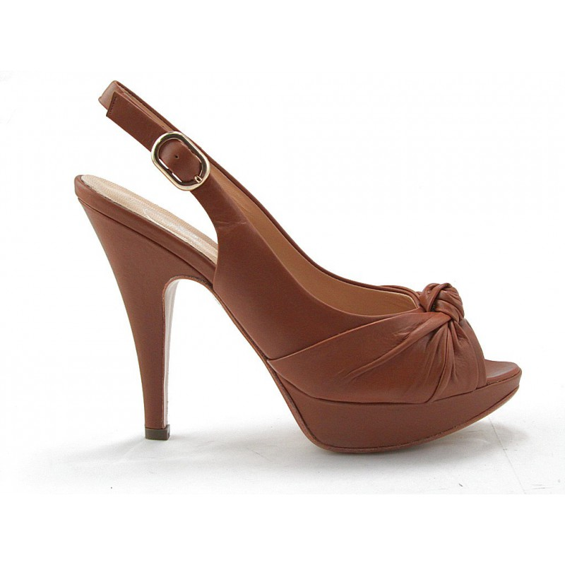 Platform sandal with platform in tan leather - Available sizes: 42