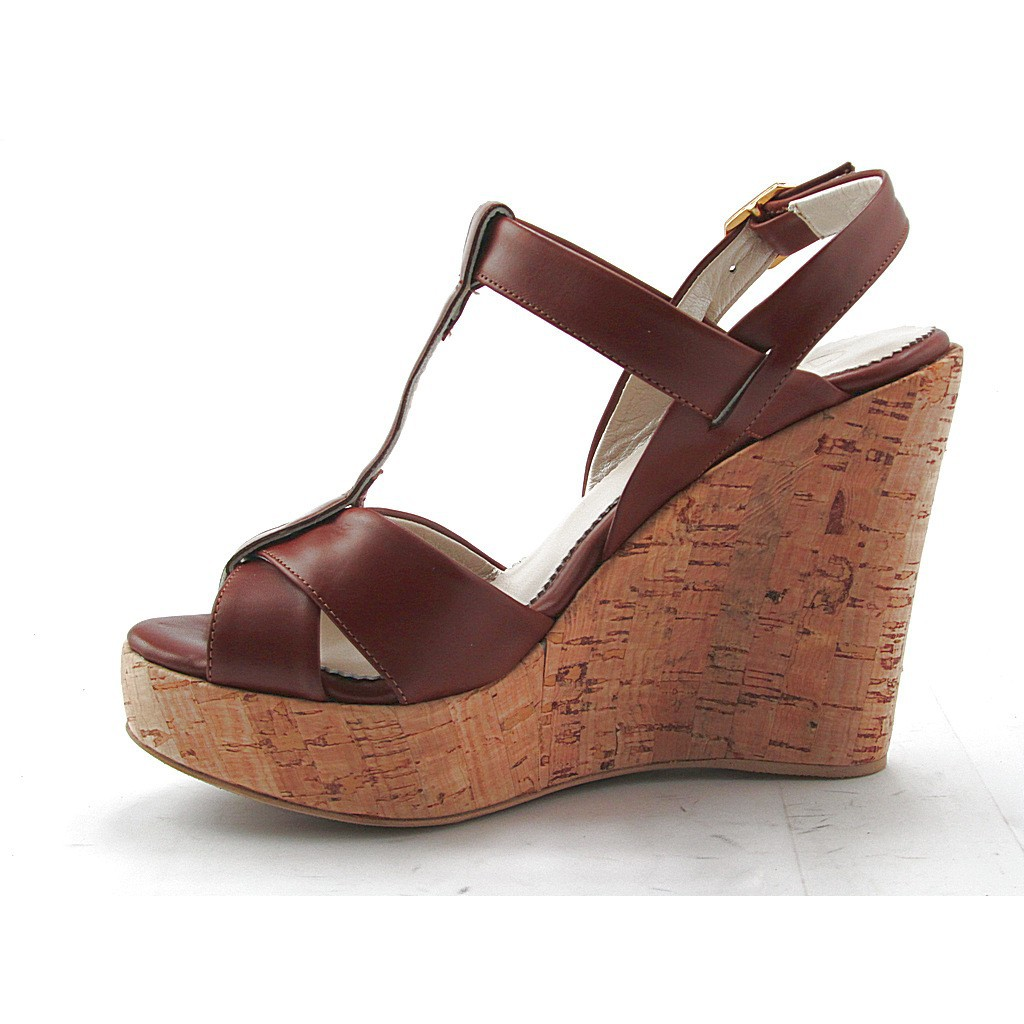 Small Or Large Comfortable Sandal With Cork Wedge In Tan