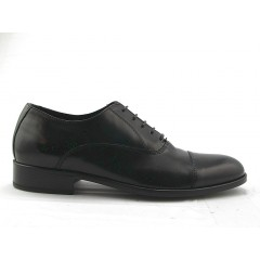 Men's Oxford shoe with laces and captoe in black leather - Available sizes:  51, 52