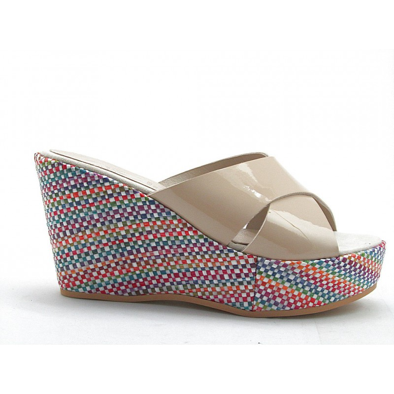 Open sabot with multicolor wedge in beige patent leather - Available sizes:  42