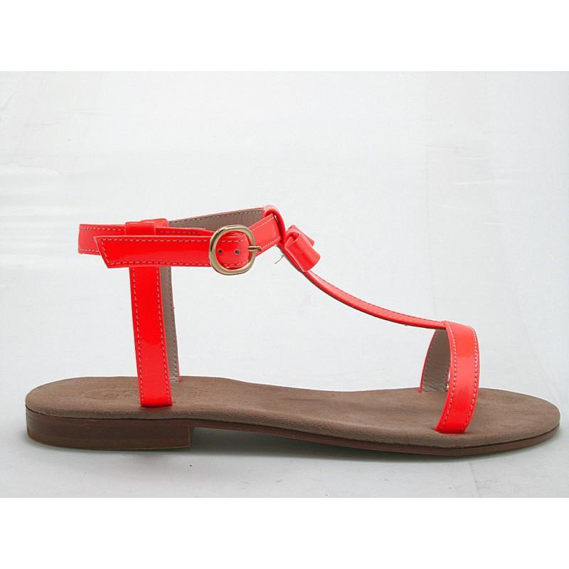 Sandalia con cinturon y moño en charol de color anaranjado tacon 1 - Tallas disponibles:  31