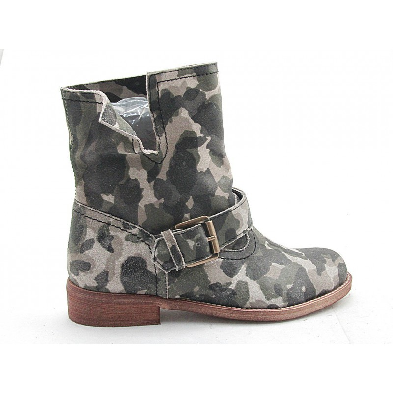 Ankle boot in leather with military printing - Available sizes:  32