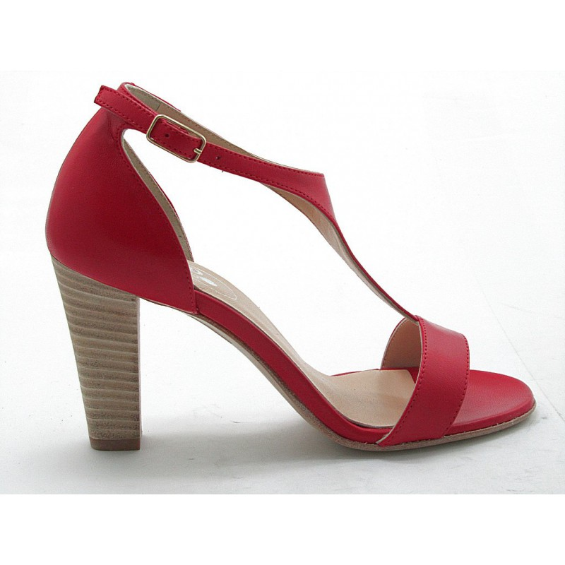 Open shoe in red leather - Available sizes: 42