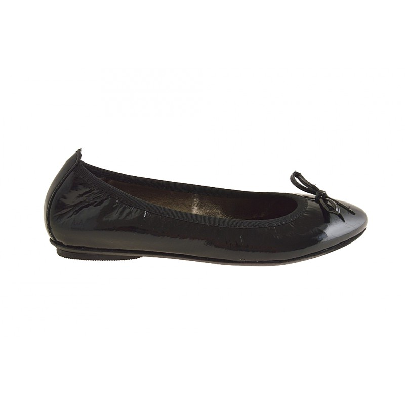 Ballerina in black patent leather - Available sizes: 32