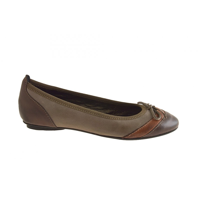 Woman's ballerina with bow in brown, tan and taupe leather heel 1 - Available sizes:  32