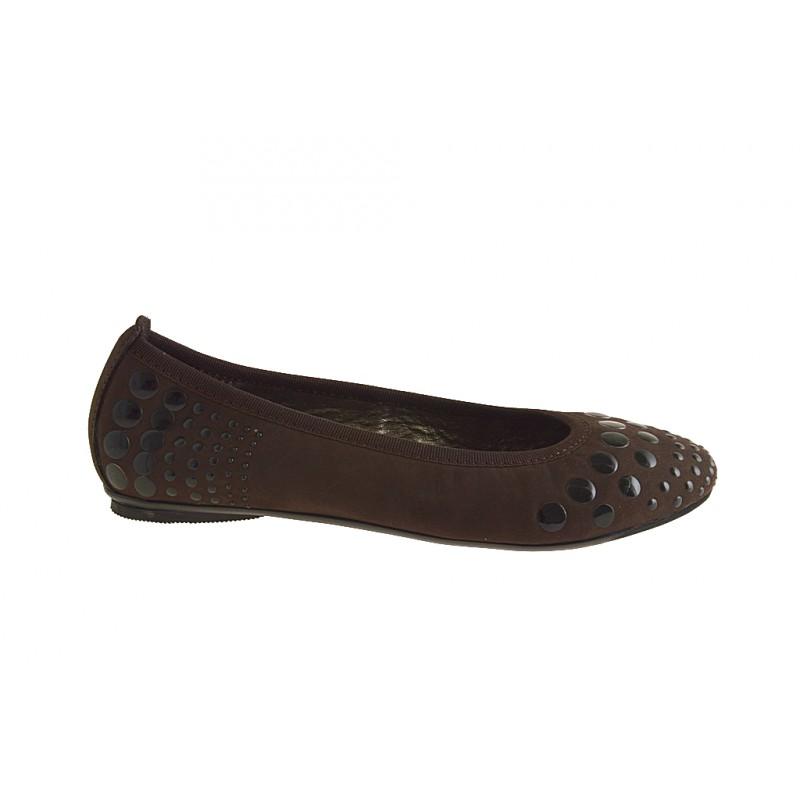 Ballerine pour femmes avec goujons en daim marron talon 1 - Pointures disponibles:  32