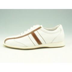 Stringata sportiva in pelle bianco e riporti cuoio - Misure disponibili: 36, 37