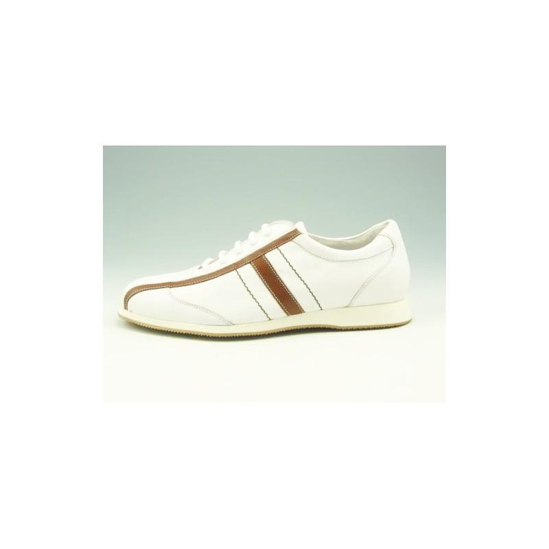 Chaussure à lacets pour hommes en cuir blanc et brun clair - Pointures disponibles:  36
