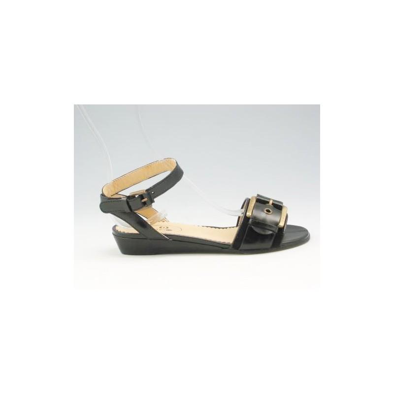 Sandalia con cinturon y hebilla en piel de color negro cuña 3 - Tallas disponibles:  31