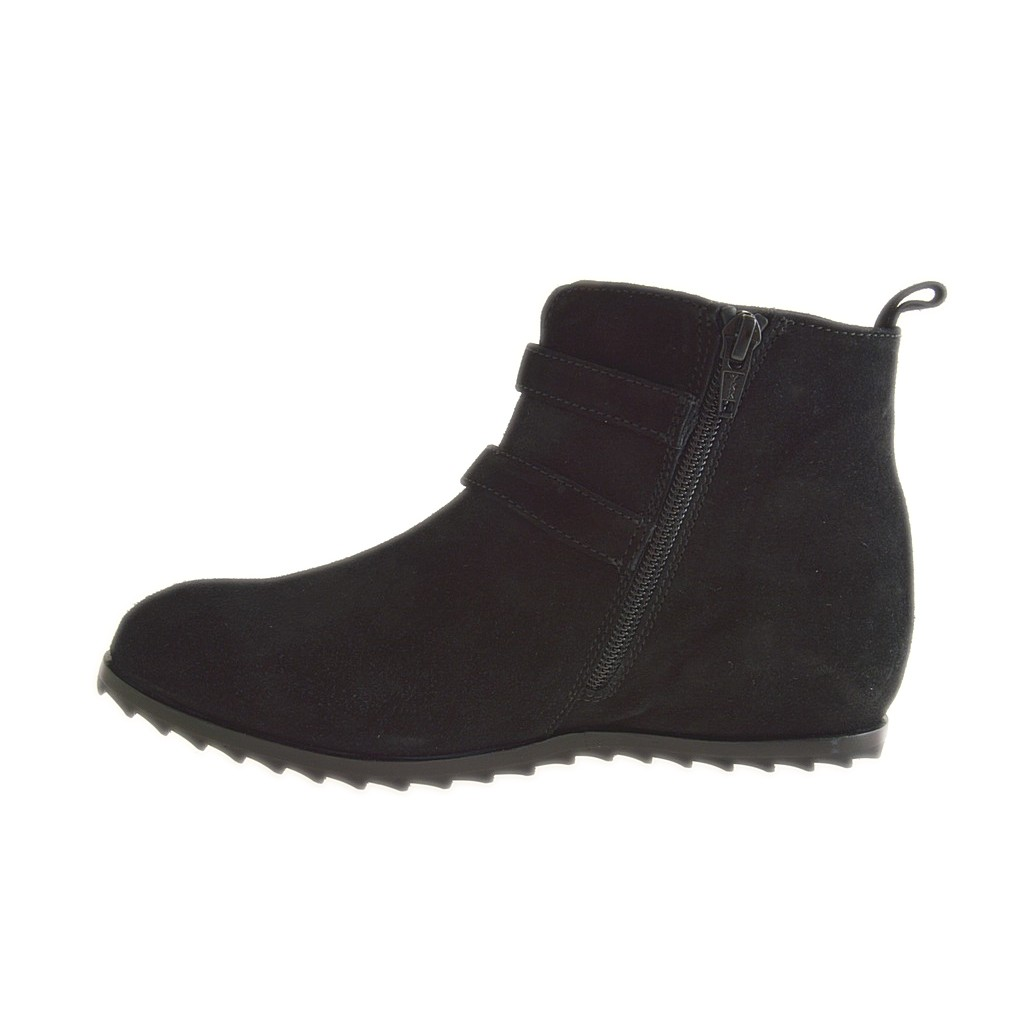 small or large ankle boot with zipper and 2 buckles in