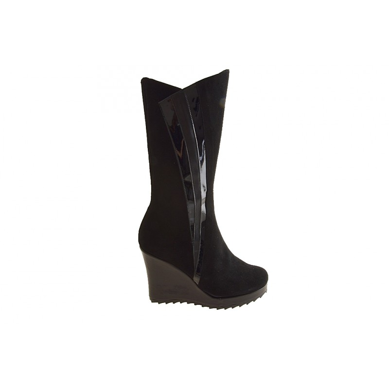 Woman's boot with zipper in black suede, patent leather and leather wedge heel 9 - Available sizes:  42