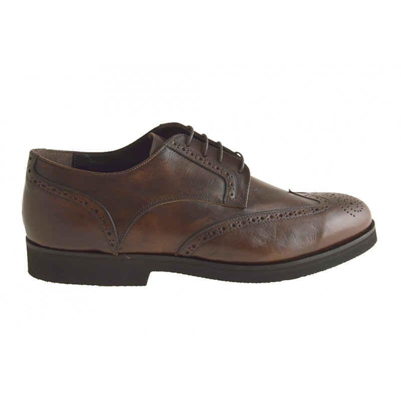 Closed shoe laces in brown leather - Available sizes: 50
