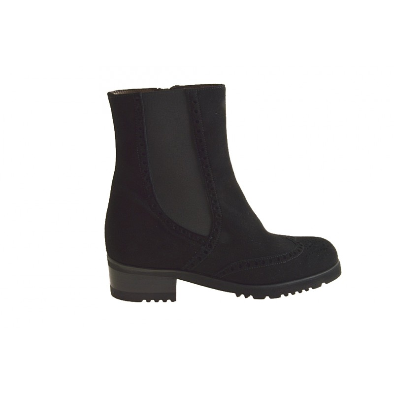 ankle boot with zip in black suede - Available sizes:  31