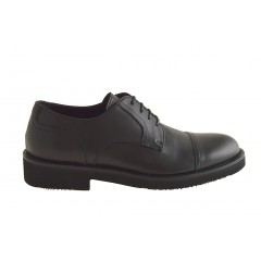 Men's laced shoe with captoe in black leather - Available sizes:  51