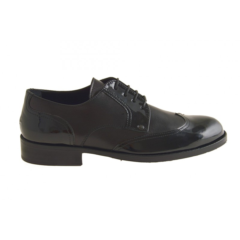 Zapato derby con cordones y punta de ala para hombre en charol y piel negra - Tallas disponibles:  36, 49