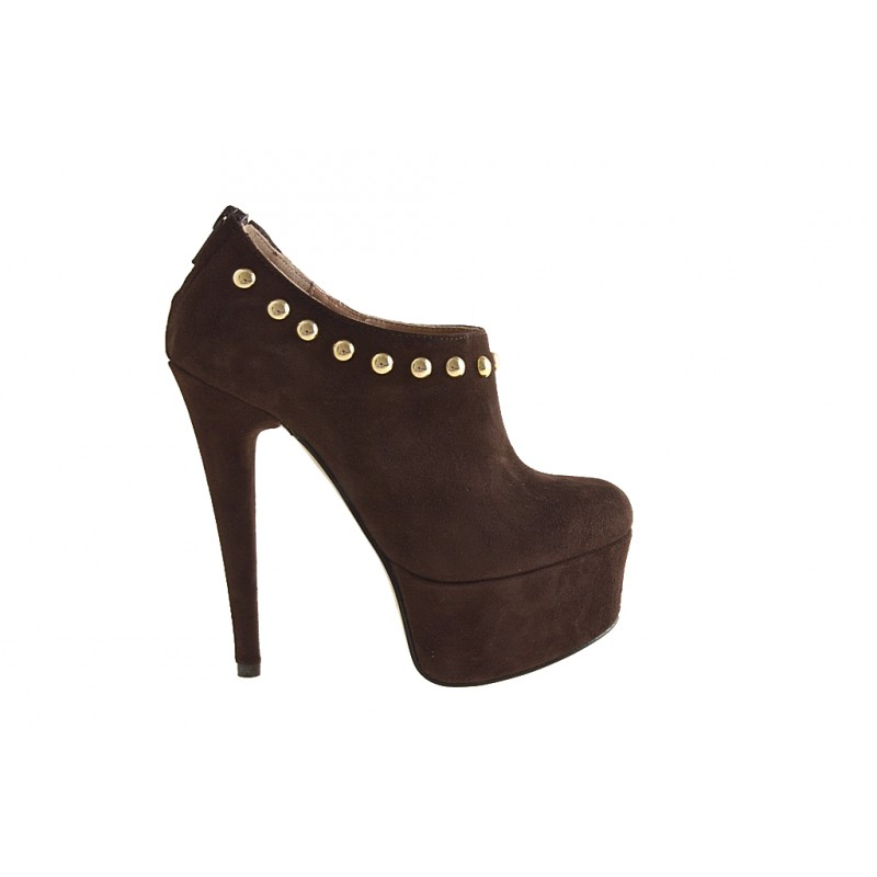 Highfronted shoe with platform, studs and zipper in brown suede heel 15 - Available sizes:  42