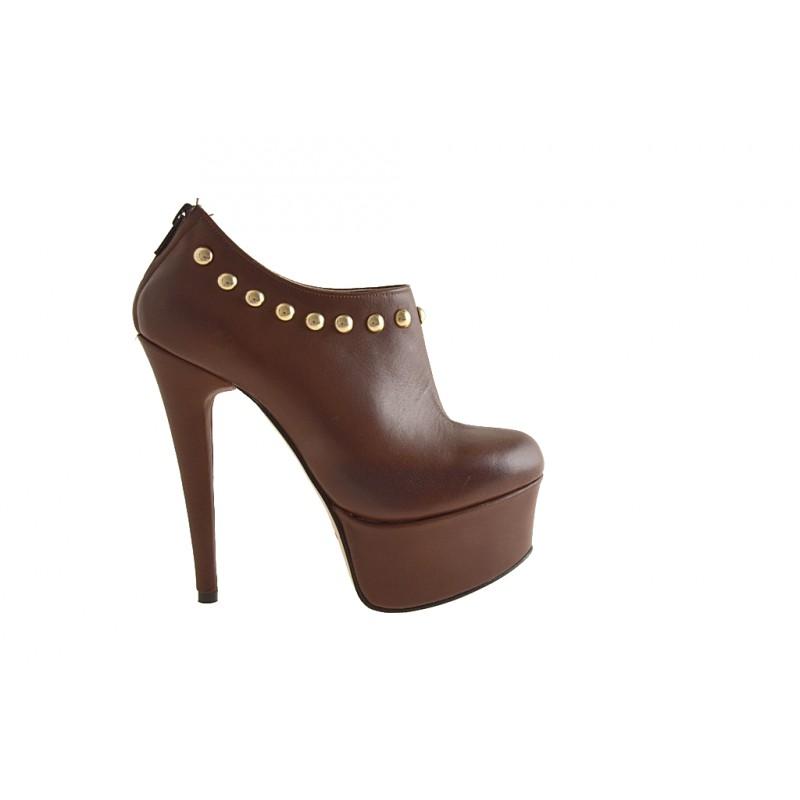Damen Geschlossen Schuh mit Nieten und Reißverschluss Plattform braunem Leder - Verfügbare Größen:  42
