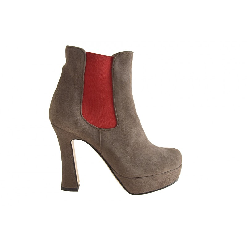 Ankle boot with 2 elastics and platform in taupe suede, red - Available sizes: 42