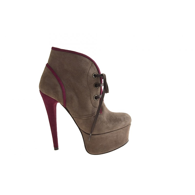 Lace up ankle  boot with platform in taupe suede, fuchsia - Available sizes:  32, 42