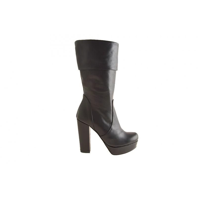 Bota para mujer con cremallera y plataforma en piel color negro tacon 10 - Tallas disponibles:  42