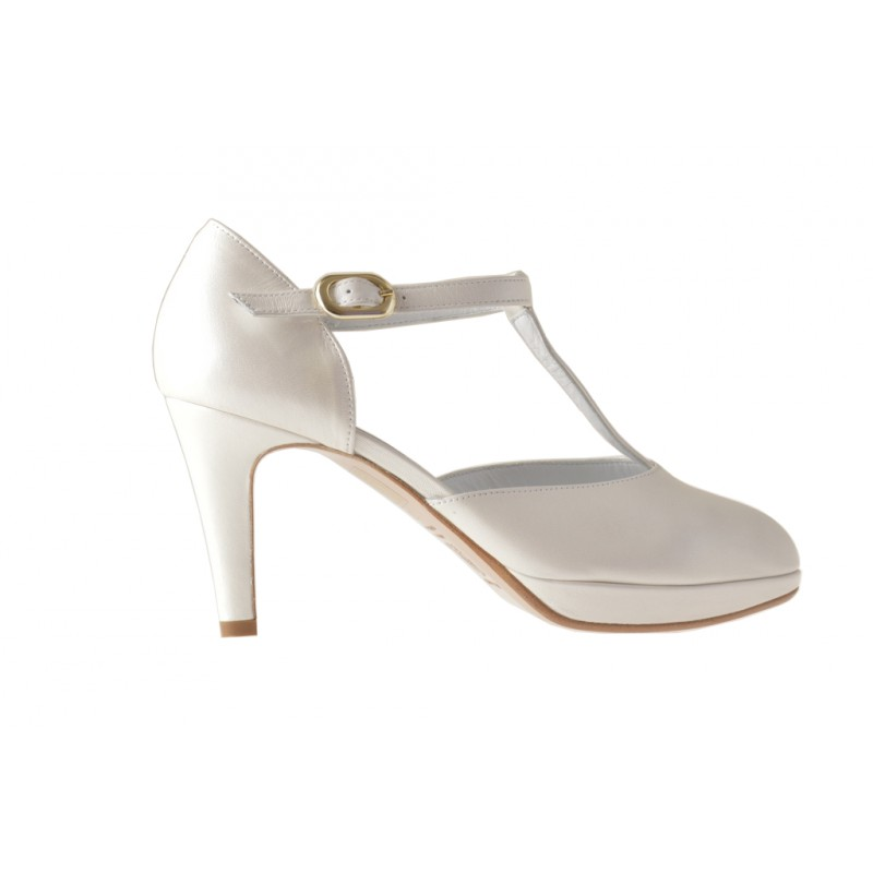 Platform open pump with Tstrap in pearled ivory leather - Available sizes:  45, 46