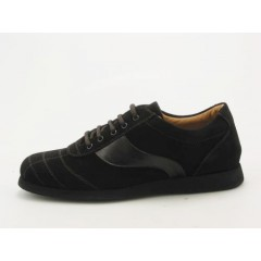 Men's sportshoe with laces in dark brown suede - Available sizes:  36, 38