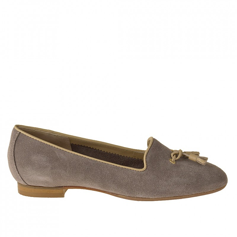 Shoe in taupe suede and beige leather - Available sizes: 31
