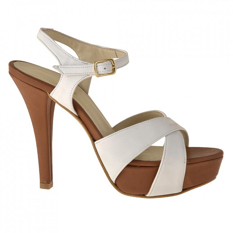Sandalia de plataforma con cinturon al tobillo en piel de color cuero y blanco - Tallas disponibles:  42