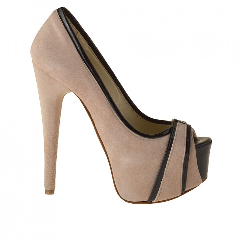 Open toe platform pump in beige suede and black patent leather - Available sizes:  31