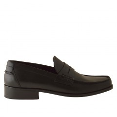 Moccasin in black leather - Available sizes:  38, 50