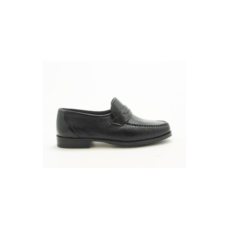 Mocassin in  black leather - Available sizes:  52