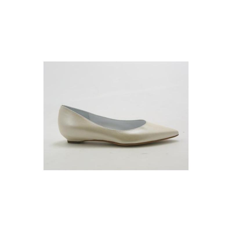 Escarpin à bout pointu en cuir ivoire perlé talon 2 - Pointures disponibles:  31, 32