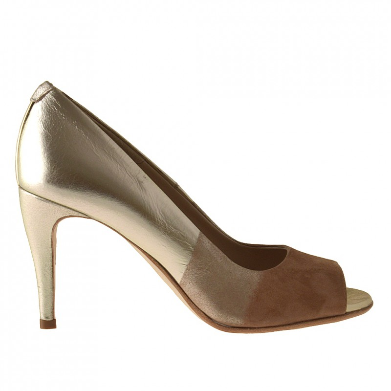 Open toe pump in sand suede and platinum leather - Available sizes: 31