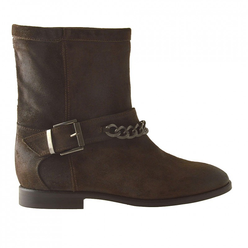 Woman ankle-boot with buckle and chain in brown oiled suede - Available sizes:  32